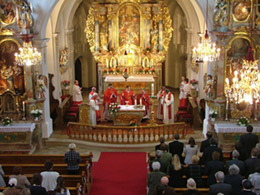 Germany 2005 Gallery: Sunday Mass at the Miesberg