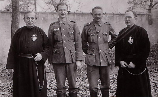The Fr. Viktor Gallery: Passionists Turned Soldiers